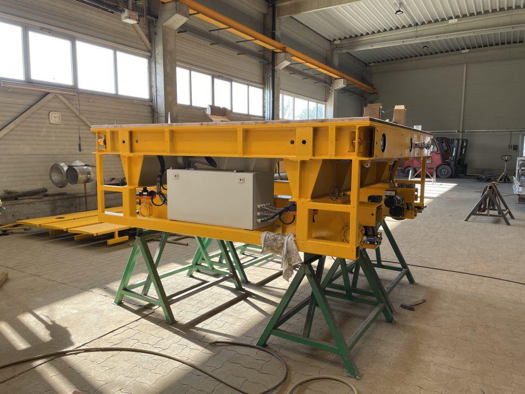 szállító kocsi, Kötött pályás beton-áthordó és -szállító kocsik tervezése és kivitelezése
